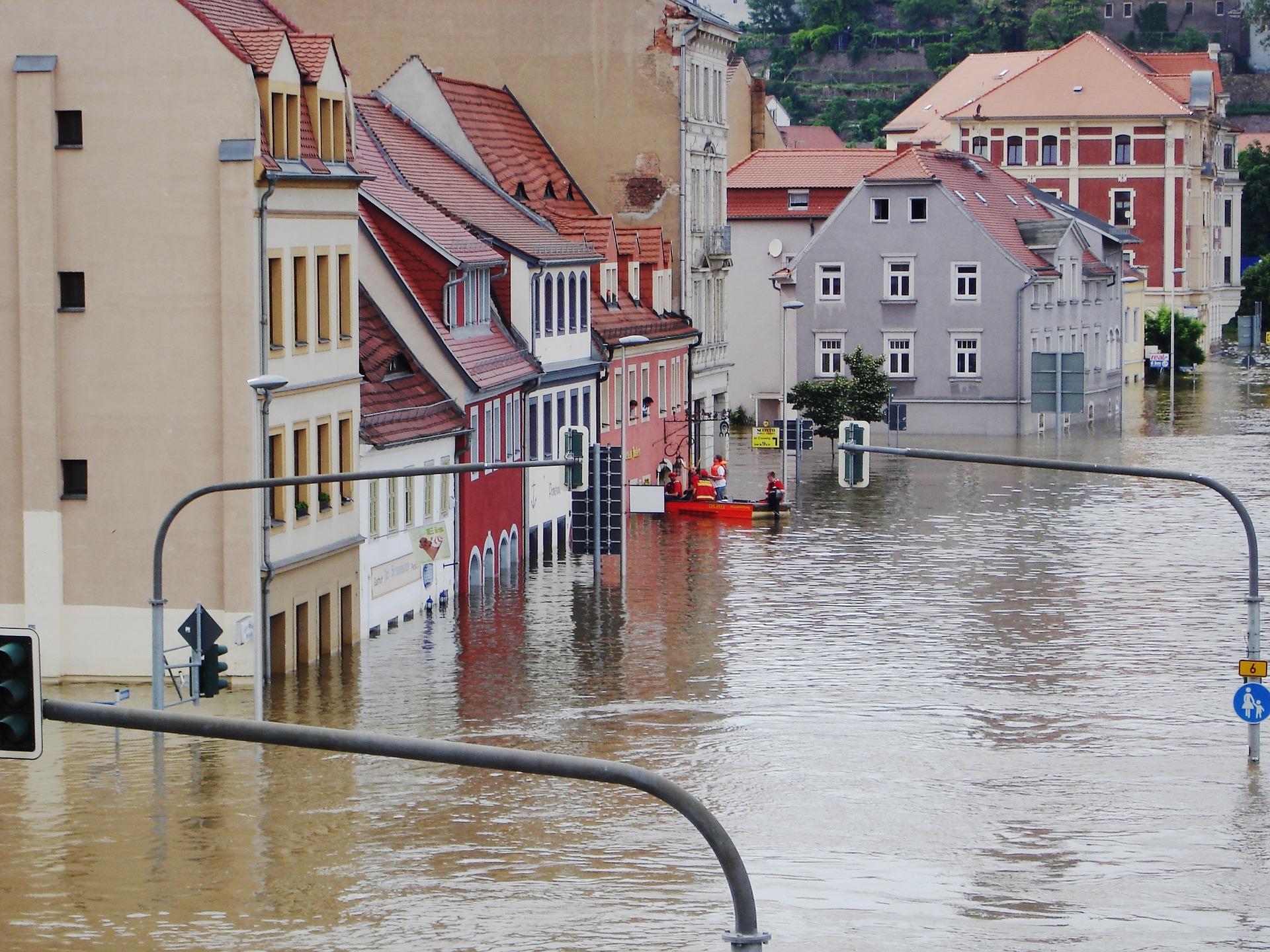 Main courante inondation